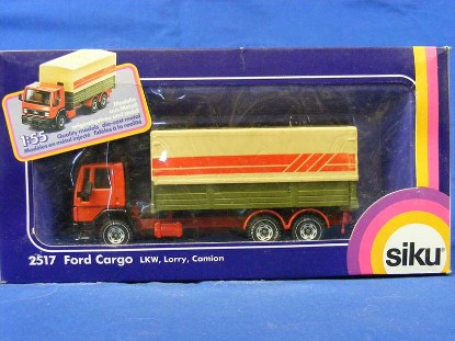 ford-low-sided-covered-cargo-truck-siku-SIK2517