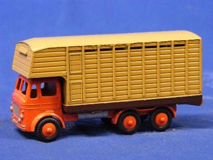 leyland-hippo-20-ton-horse-box-budgie-BUD220