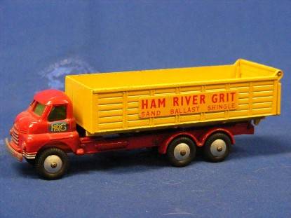 bedford-long-wheel-base-dump-ham-river-grit-budgie-BUD276