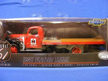 chevrolet-1941-flatbed-truck--international-die-cast-promotions-DCP50061IH