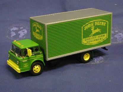 john-deere-ford-c-series-truck-quality-farm--athearn-ATH77612