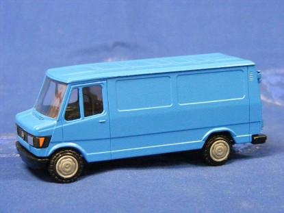 mercedes-delivery-van-blue-conrad-CON1607