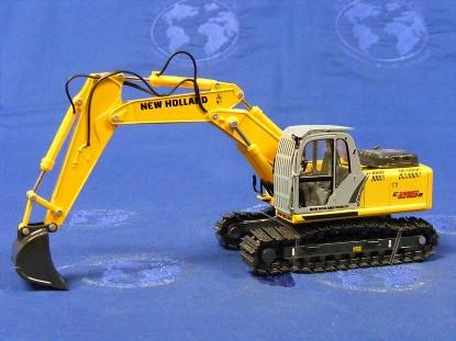 new-holland-e215b-track-excavator-w-bucket-motorart-MOT13720