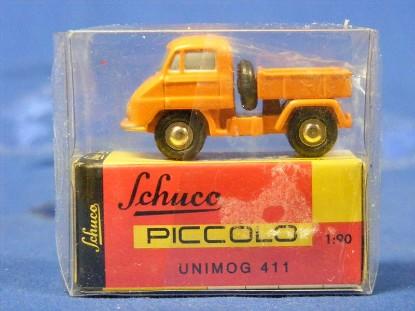 unimog-411-orange-schuco-SHU5665