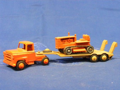 international-lowboy-with-caterpillar-d8-tractor-budgie-BUD234