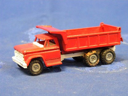 chevrolet-tandem-dump-red-mercury-usa-MCU16-79