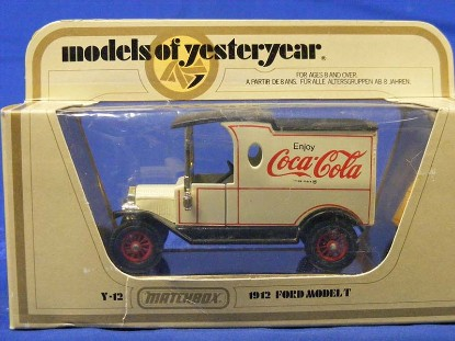 ford-model-t-1912-coca-cola-matchbox-yesteryear-MATY-12