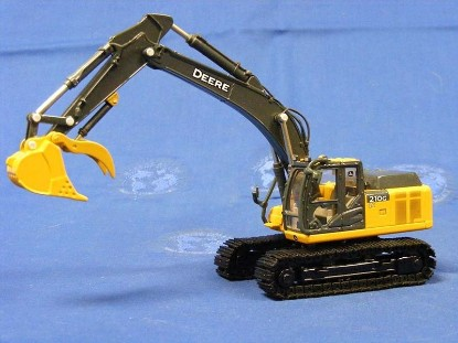 Picture of John Deere 210G LC track excavator with thumb