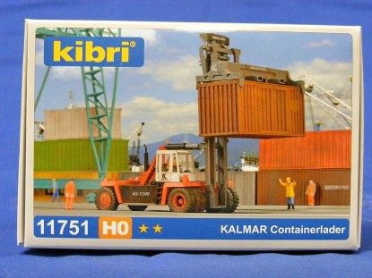 Picture of Kalmar container lift