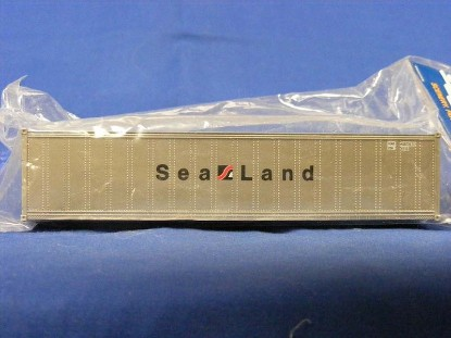 Picture of 40' Smooth-Side Container - SEA LAND