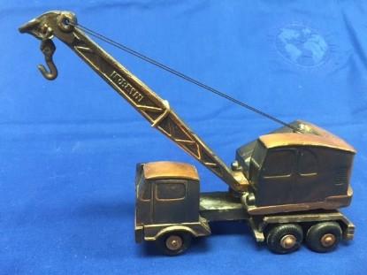 Picture of Lorain lattice boom truck crane