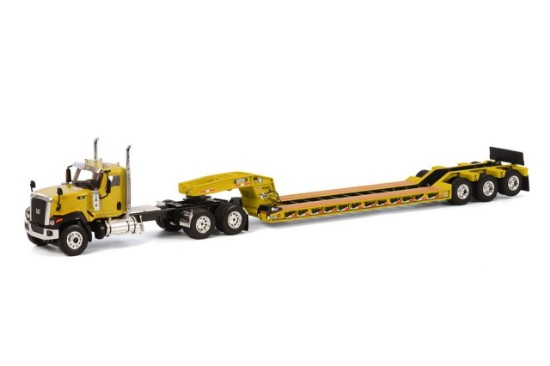 Picture of Caterpillar CT680 w/Rogers 3-Axle lowboy yellow