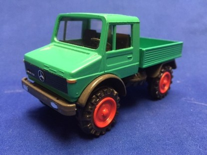 Picture of Unimog 1500 open back   green