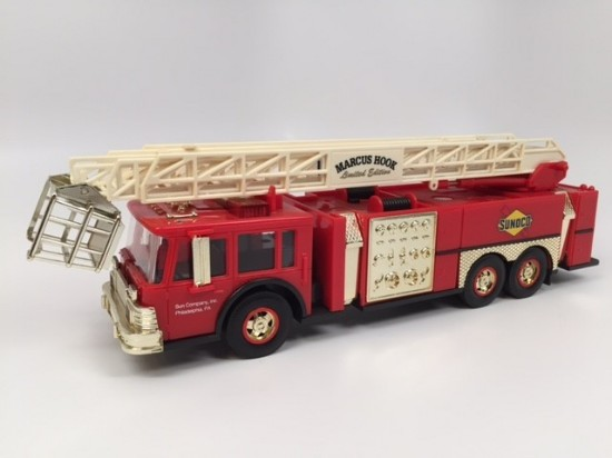 Picture of 1995 Sunoco Aerial Tower Fire Truck -2nd Series GOLD