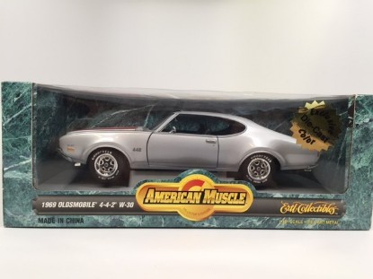 Picture of 1969 Oldsmobile 4-4-2 W-30  silver