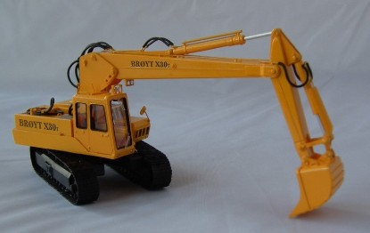 Picture of Broyt X30T Track Excavator - yellow early cab