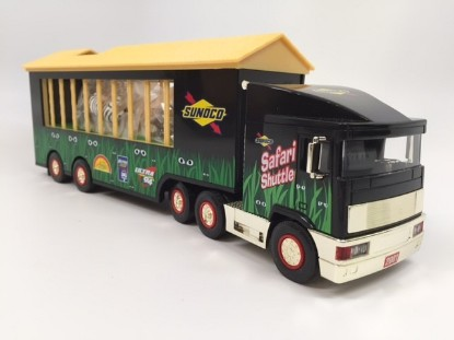 Picture of 2001 Sunoco Safari truck - GOLD