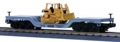 Picture of Caterpillar D6H dozer on flatcar