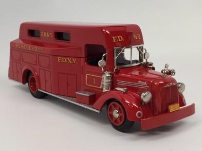 Picture of Mack 1948 L fire rescue FDNY RESCUE 1