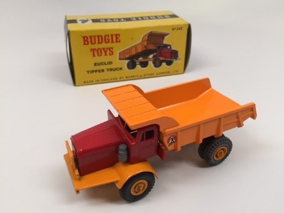 Picture of Euclid dump truck  orange wheels + decals