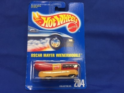 Picture of Oscar Mayer Wienermobile