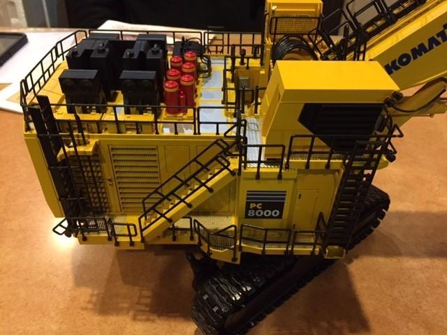 Picture of Komatsu PC8000-6 mining shovel Diesel (see BRA25026)
