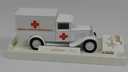 Picture of Renault van ambulance   CSI