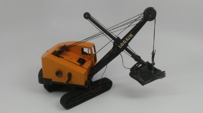 Picture of Lorain TL25 cable shovel