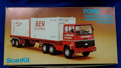 Picture of Ford Transcontinental container truck kit