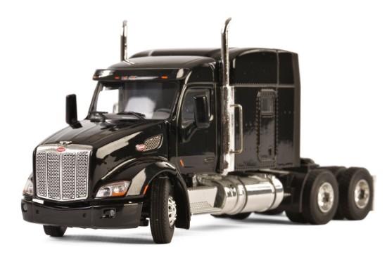 Picture of Peterbilt 579 3-Axle Tractor w/Flat Top Sleeper - Black