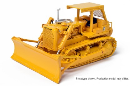 Picture of Cat D8K dozer  A-blade with winch