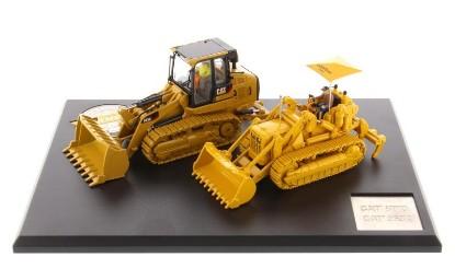 Picture of Caterpillar 977 traxcavator + 963K track loader set