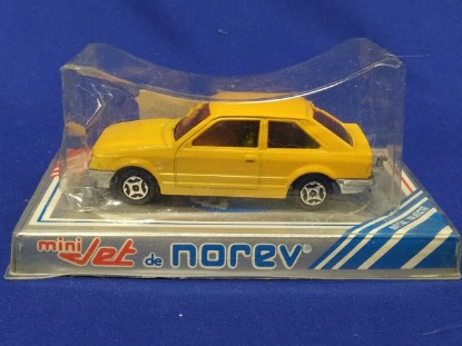 Picture of Ford Escort -yellow
