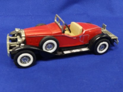 Picture of Stutz Bearcat-red