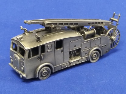 Picture of Dennis fire pumper truck - pewter