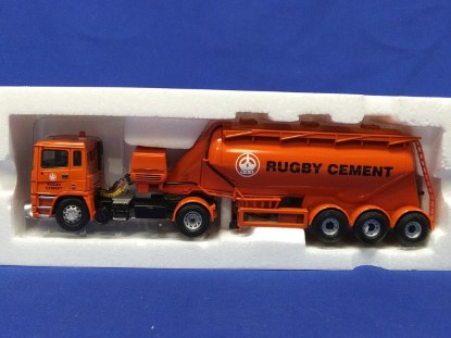 Picture of ERF powder tank RUGBY CEMENT