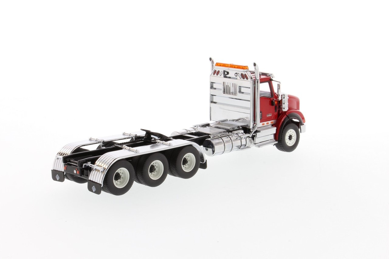 Picture of International HX620 tridem tractor - red