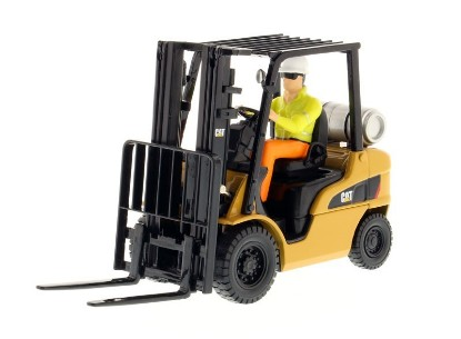 Picture of Caterpillar P5000 forklift