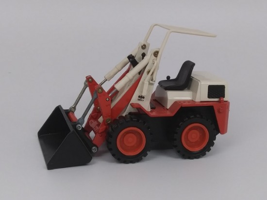 Picture of Komatsu SK07 mini loader with bucket