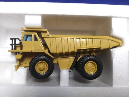 Picture of Caterpillar 773B mine dump  new Cat color pyramid