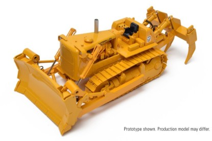 Picture of Cat D9G hydraulic dozer with 9R ripper