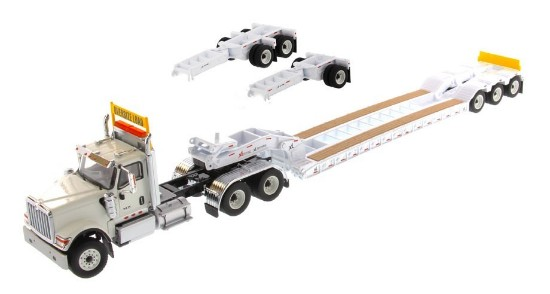 Picture of International HX520 tandem tractor+XL lowboy - white