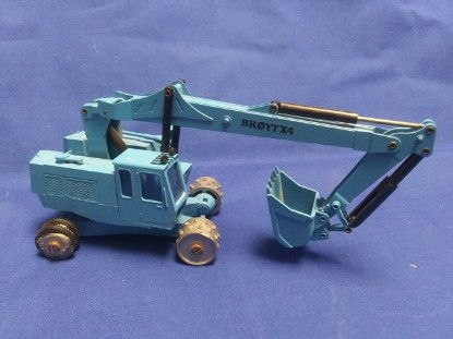 Picture of Broyt X4 wheel excavator   blue