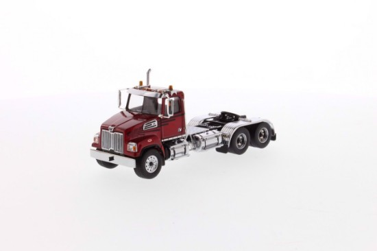 Picture of Western Star 4700 SF tandem tractor - metallic red