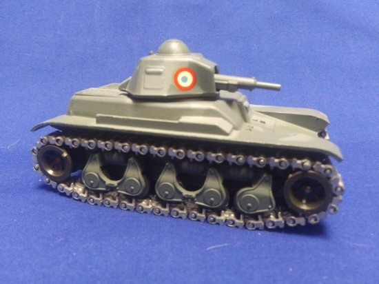 Picture of Renault R35 tank - gray camo