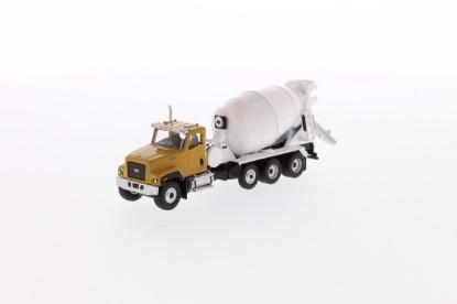 Picture of Caterpillar CT681 concrete mixer