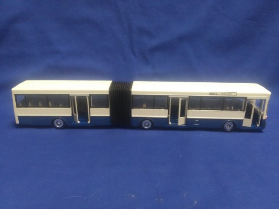 Picture of MB bendable bus O 405G blue/white