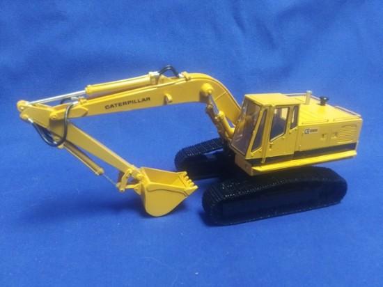 Picture of Cat 225 track excavator
