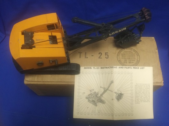 Picture of Lorain TL25 cable shovel - with original box