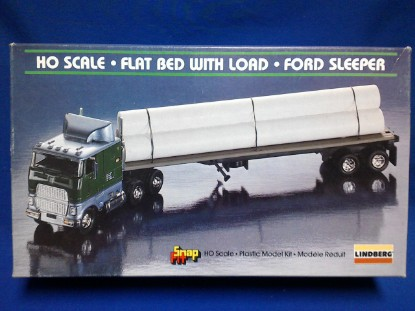 Picture of Ford Flat Bed with Load    sleeper  kit